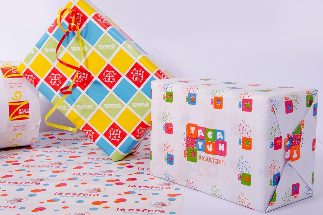 Papel impreso para envolver regalos