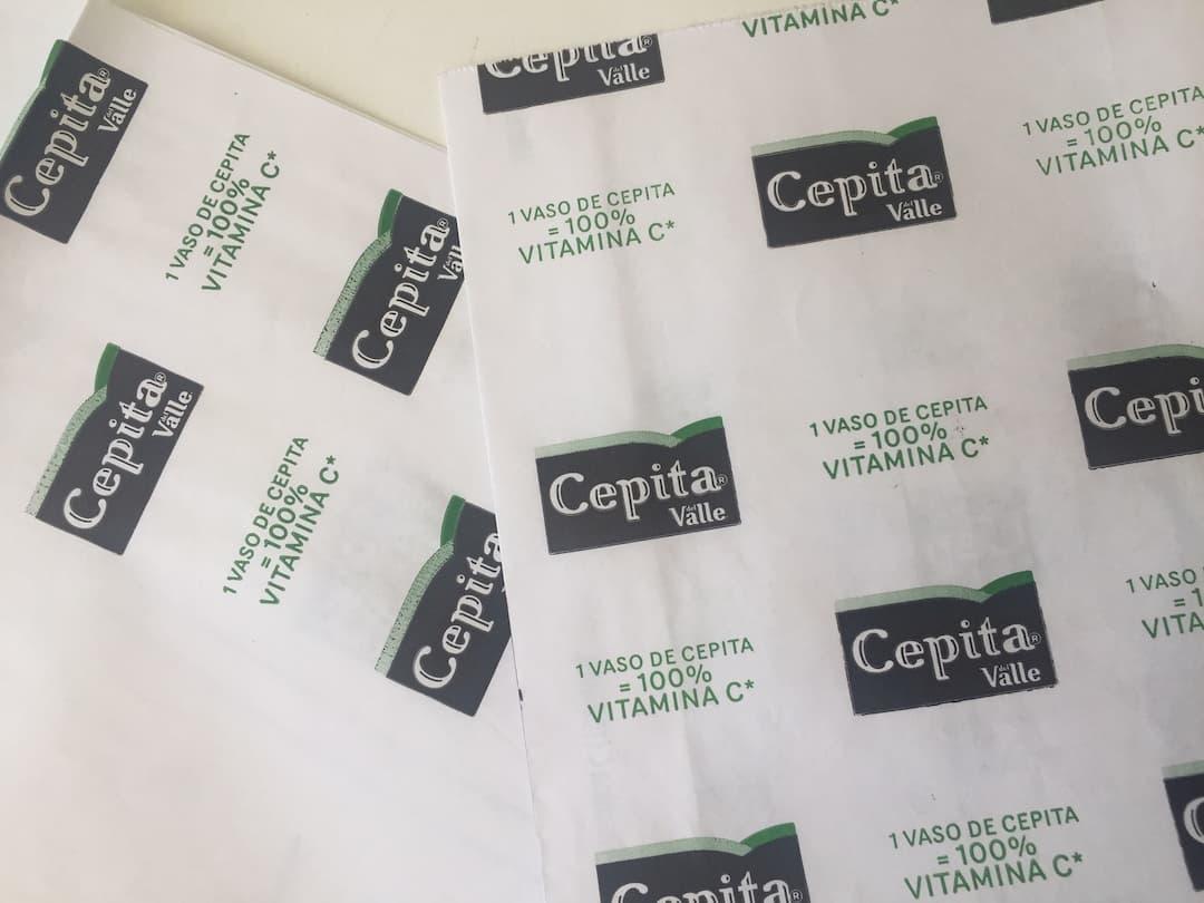 Papel impreso, para envolver para fiambrerías y distribuidoras